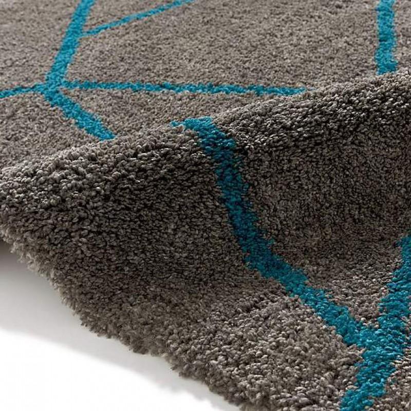 5746 Grey and blue carpet